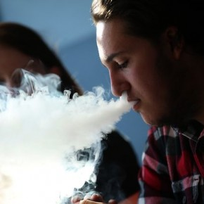 Survey: Teens still intrigued by e-cigarettes